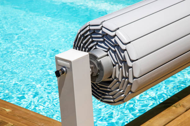 pvc pool shutter to conserve heat and protect from accidental falls
